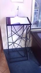 kuty stojak na menu